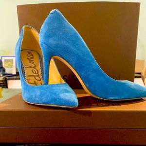 Blue Suede Pumps